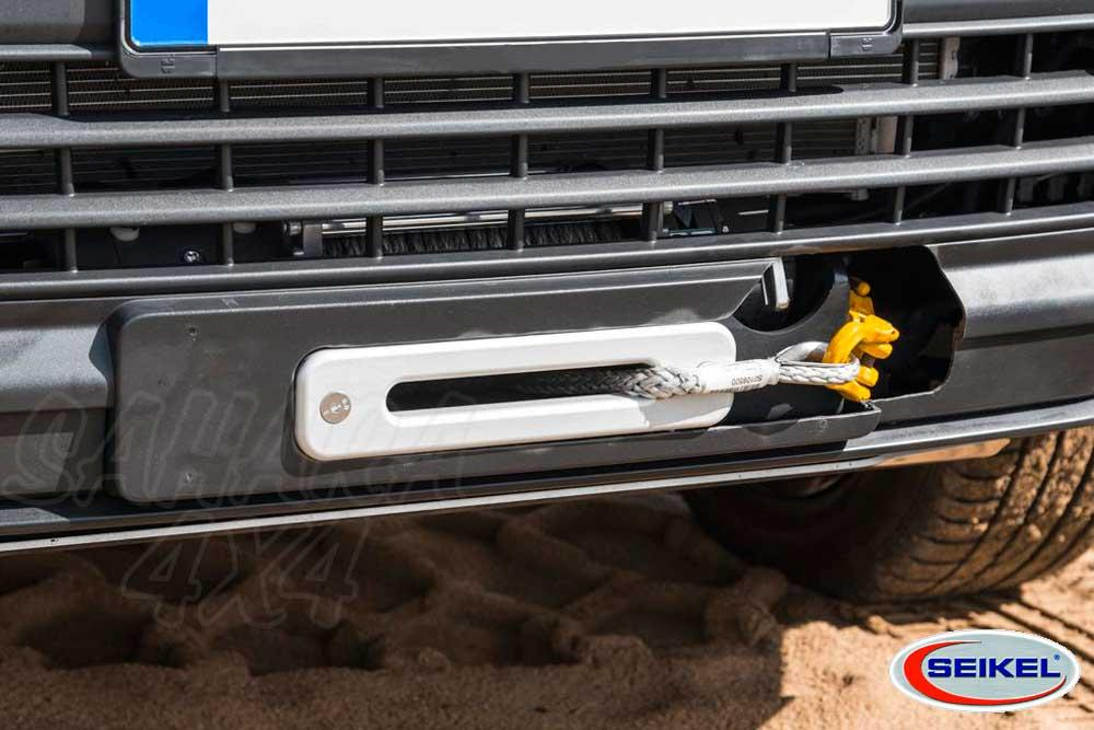 Winch Plate + Winch 8 000 Lbs (3 600 Kg) for VW T6 2015-