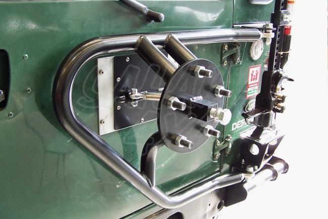 Soporte de Rueda trasero Defender (soporte hilift opcional) - DEFENDER 90/110/130, Seleccione el año del vehiculo y soporte de hilift opcional
