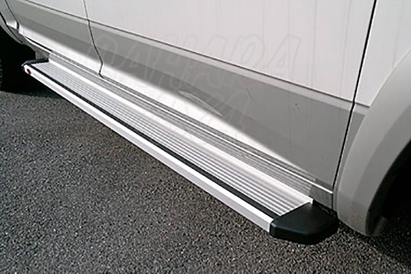 Estribos en plataforma de aluminio. Tipo STD para Dodge RAM 2500 2010- -