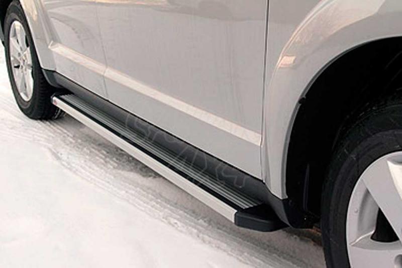 Estribos ovales en aluminio. Tipo S110 para Fiat Freemont 2011- -