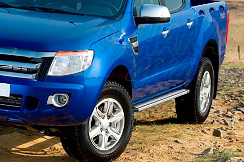 Estribos en plataforma de aluminio. Tipo STD (doble cabina) para Ford Ranger 2012- -
