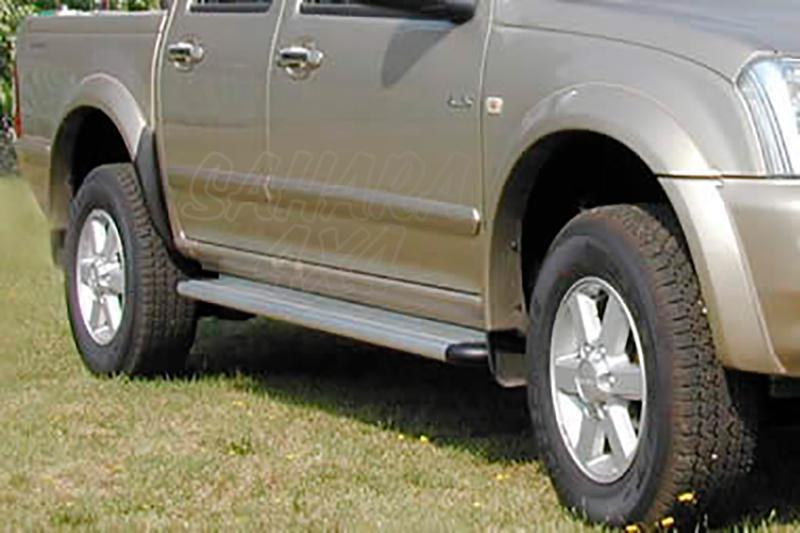 Estribos en plataforma de aluminio. Tipo S50(doble y extra cabina) para Isuzu D-Max/Rodeo 2002-2012 -
