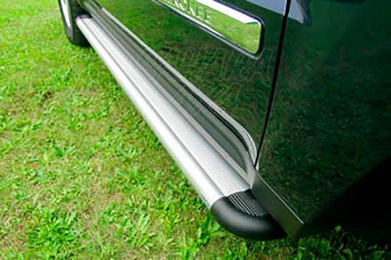 Estribos en plataforma de aluminio. Tipo S50 para Jeep Grand Cherokee WK/WH 2005-2010