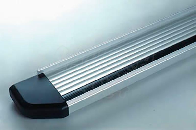 Estribos en plataforma de aluminio. Tipo STD para Kia Sportage 1997-2003 (5P) -