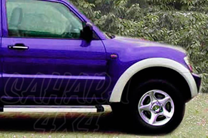 Juego de aletines en ABS (6 piezas) Mitsubishi Montero V60 DID (3 puertas) 2000-2006 - Montero 3 puertas 2000-2006