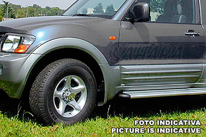 Kit de carrocería en ABS (14 piezas) para Mitsubishi Montero V60 (5p) 2000-2006  -