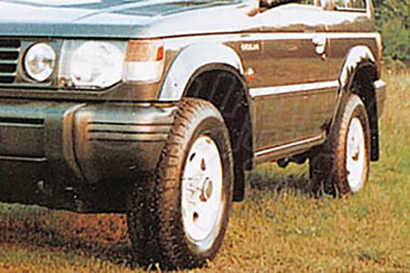 Juego de aletines en ABS (4 piezas) para Galloper Super Exceed/Mitsubishi Montero V20 - Super Exceed 5 puertas (imagen no contra actual)