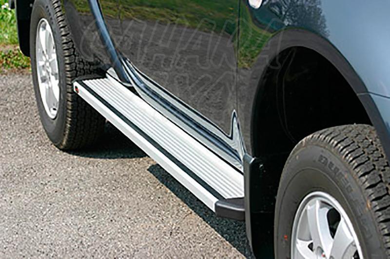 Estribos en plataforma de aluminio. Tipo STD para Mitsubishi L-200 Triton 2010-2015 - Para Extra cabina