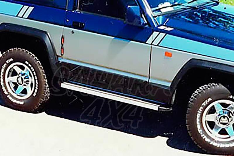 Estribos en plataforma de aluminio. Tipo STD para Nissan Patrol - Para 240/260/280 (3 puertas) 1982-1998