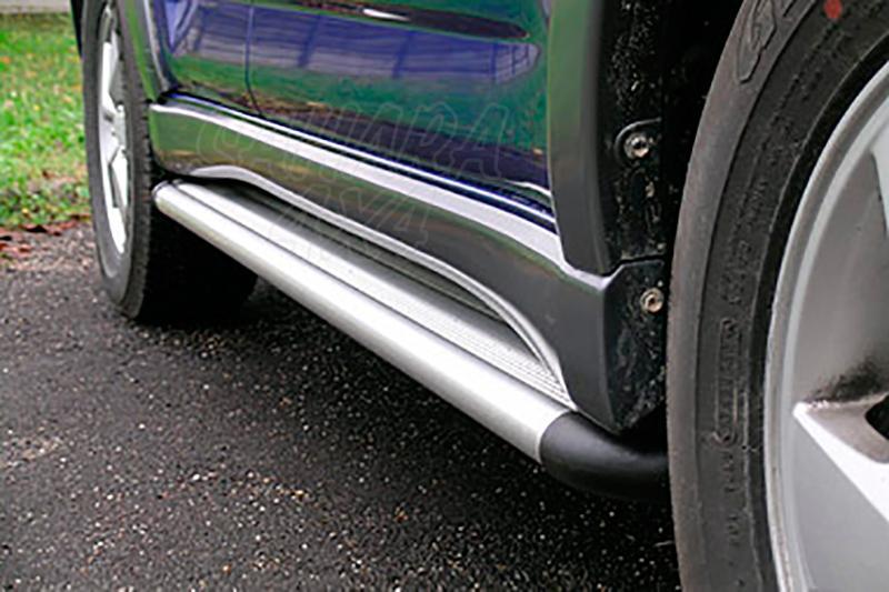 Estribos en plataforma de aluminio. Tipo S50 para Daihatsu Terios 2006- - (version Overfender)