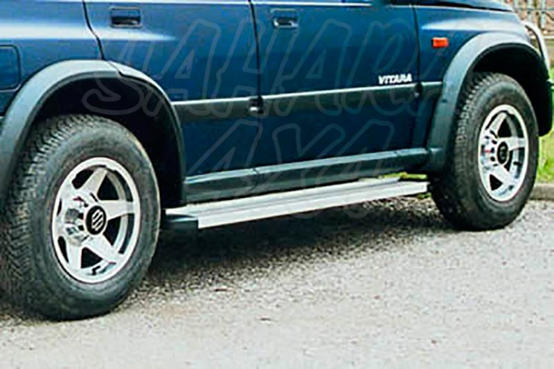 Estribos en plataforma de aluminio. Tipo STD para Suzuki Vitara 1990-2005