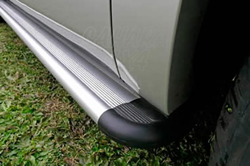 Estribos en plataforma de aluminio. Tipo S50 para Suzuki Grand Vitara - Para 5 puertas
