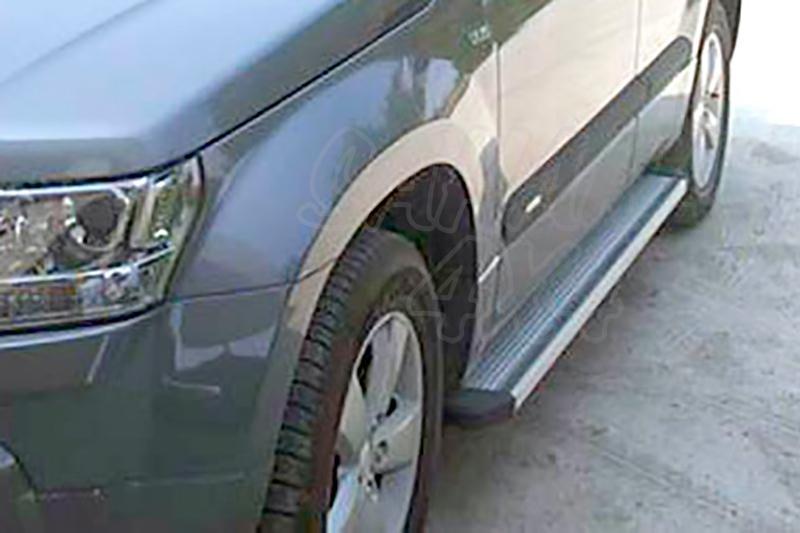 Estribos en plataforma de aluminio. Tipo STD para Suzuki Grand Vitara 2008- - Para 3 puertas