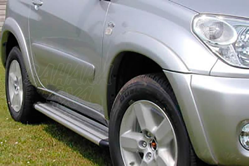 Estribos en plataforma de aluminio. Tipo S50 para Toyota Rav4 2003-2005 - Para 5 puertas