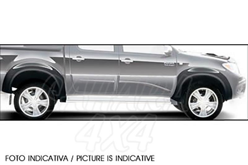 Juego de aletines en ABS (4 piezas) (doble cabina) Toyota Hilux
