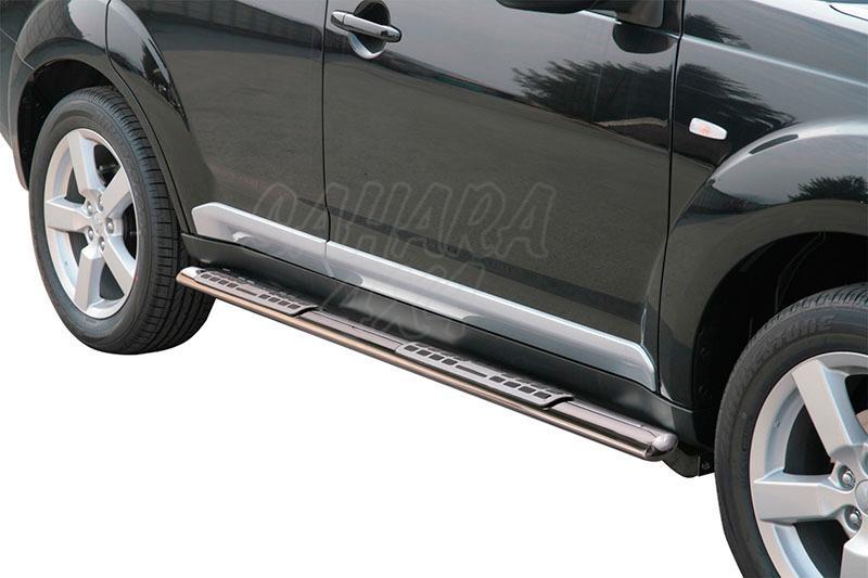 Pareja de estribos en tubo inox, sección oval, con pisantes. Tipo DSP para Mitsubishi Outlander  - Para Outlander 2007-2009