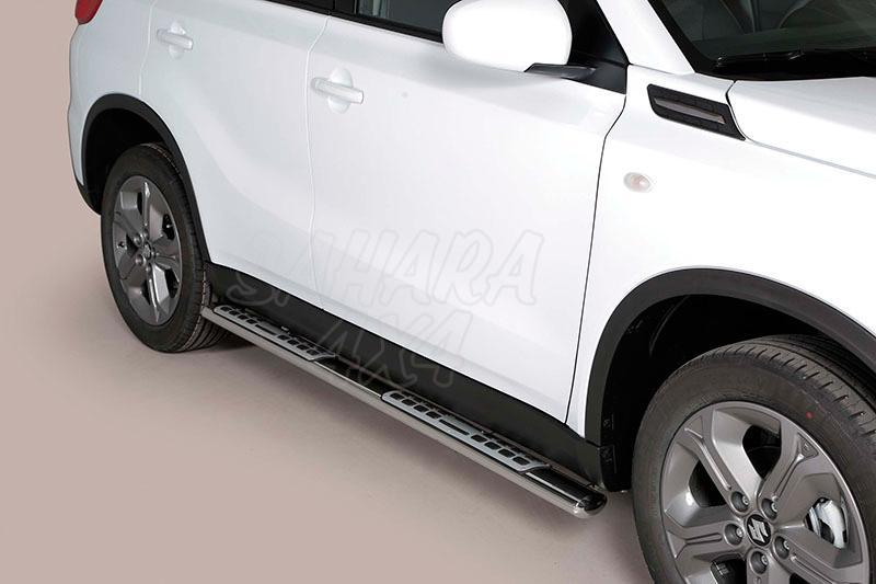Pareja de estribos en tubo inox, sección oval, con pisantes. Tipo DSP para Suzuki Vitara 2015- -