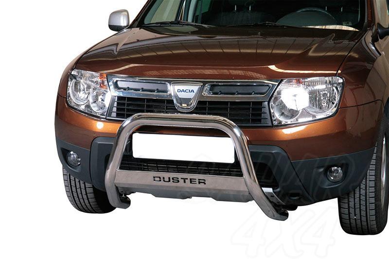 Defensa central inox Ø63mm con grabado para Dacia Duster 2010- - Homologación CE.