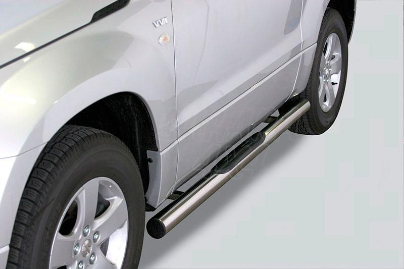 Pareja de estribos en tubo inox Ø76mm, con pisantes para Suzuki Grand Vitara 2005-2008 - Para 3 puertas