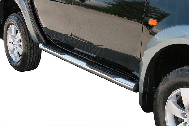 Pareja de estribos en tubo inox Ø76mm, con pisantes para Mitsubishi L-200 Triton 2006-2009 - Para Doble Cabina