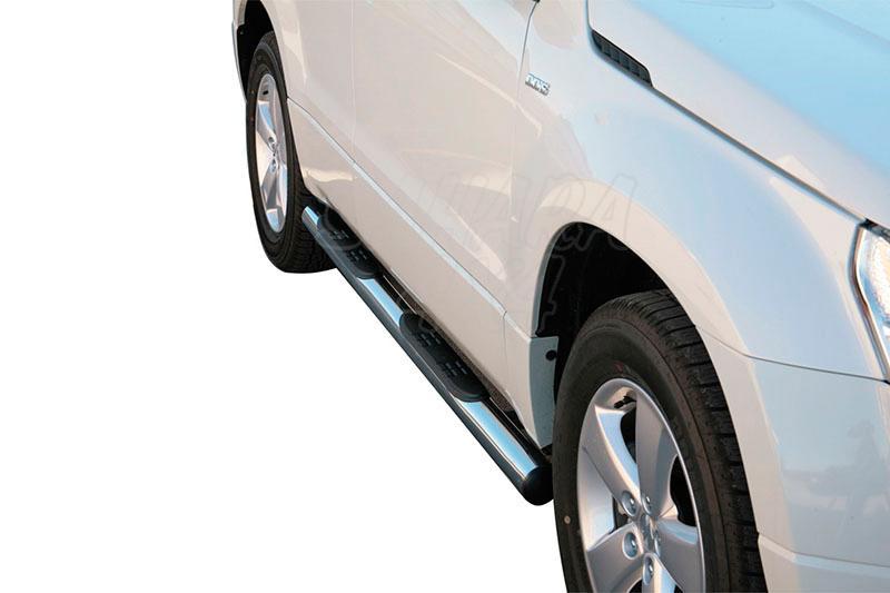 Pareja de estribos en tubo inox Ø76mm, con pisantes para Suzuki Grand Vitara 2008- - Para 5 puertas