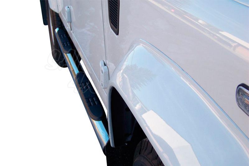 Estribos en tubo inox Ø76mm, con pisantes para Land Rover Defender - Valido para diferentes modelos.