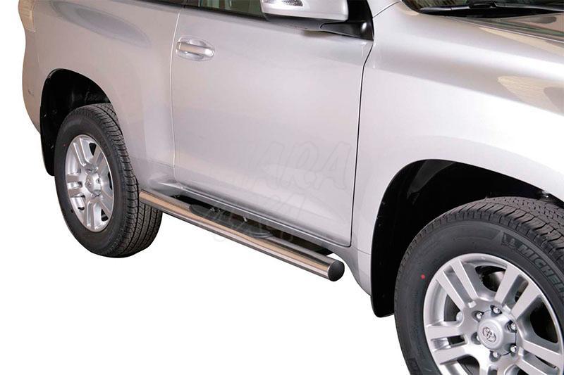 Pareja de estribos en tubo inox Ø76mm, con pisantes para Toyota LandCruiser 155 - Para 3 puertas
