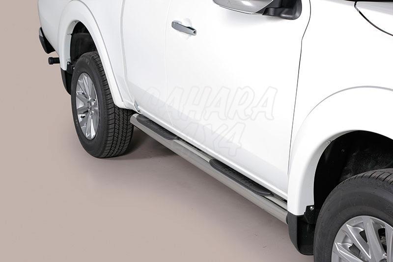 Pareja de estribos en tubo inox Ø76mm, con pisantes para Mitsubishi L-200 Triton 2015- - Para Extra cabina