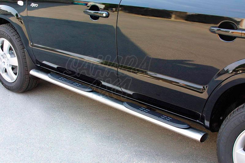Estribos en tubo inox, sección oval, con pisantes para Hyundai Tucson 2004-2010 -