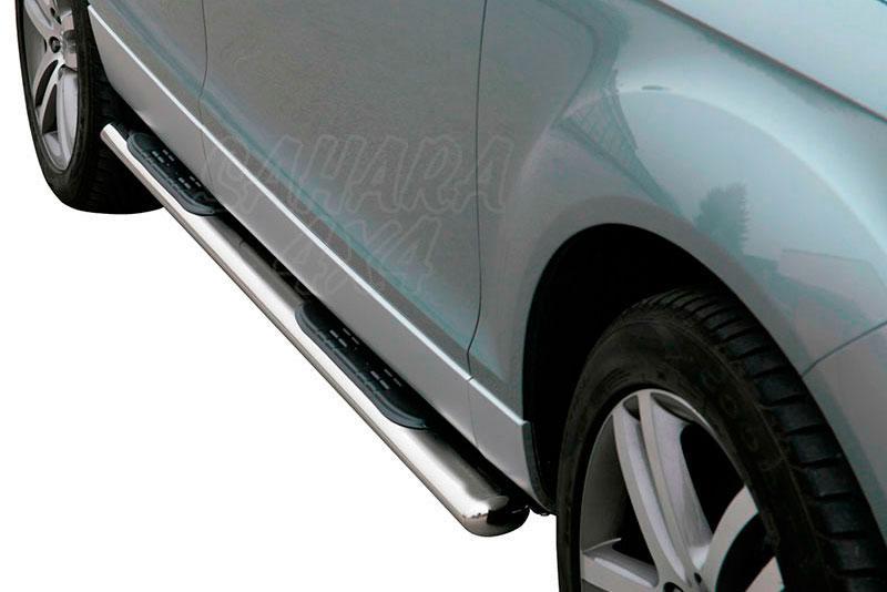Pareja de estribos en tubo inox, sección oval, con pisantes para Audi Q7 2006-2015 -