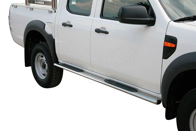 Estribos en tubo inox, sección oval, con pisantes para Ford Ranger 2009-2012 - (doble cabina)