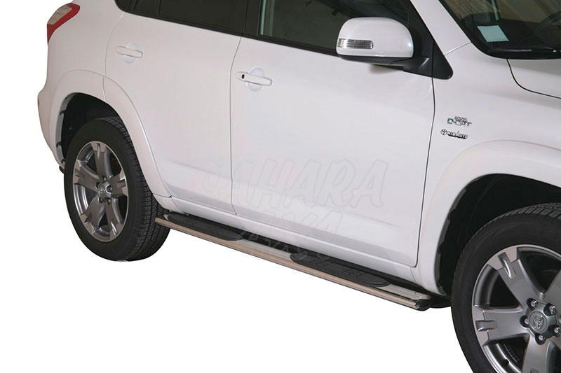 Pareja de estribos en tubo inox, sección oval, con pisantes para Toyota Rav4 2010-2013