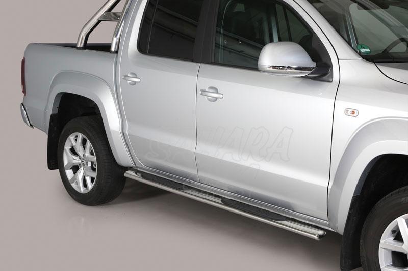 Pareja de estribos en tubo inox, sección oval, con pisantes para Volkswagen Amarok 2010- -