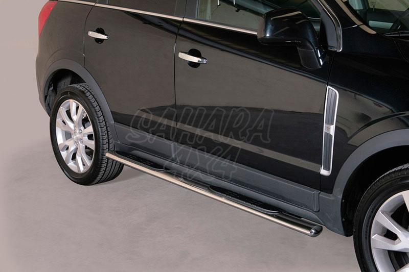 Pareja de estribos en tubo inox, sección oval, con pisantes para Opel Antara 2011- -