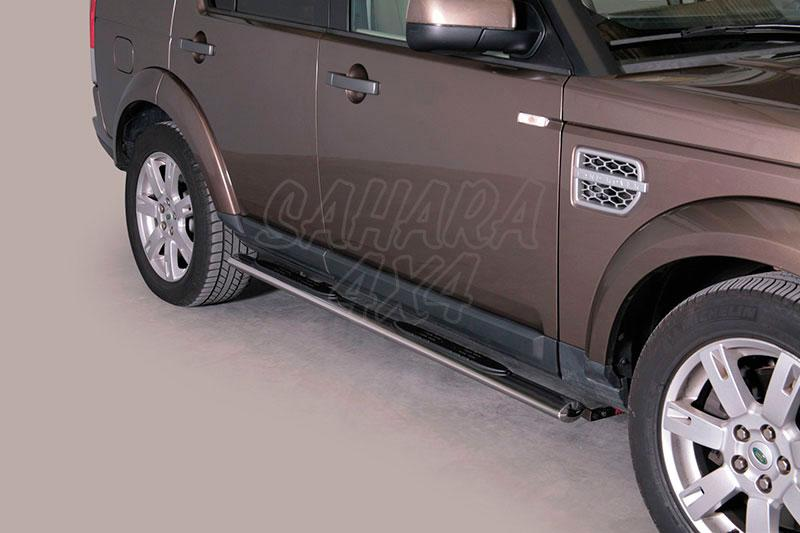 Estribos en tubo inox, sección oval, con pisantes para Land Rover Discovery
