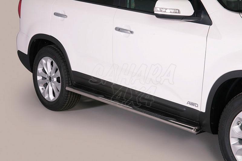 Estribos en tubo inox, sección oval, con pisantes para Kia Sorento 2014-2015 -