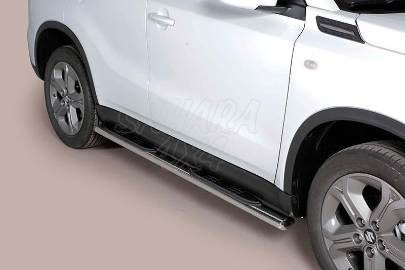 Pareja de estribos en tubo inox, sección oval, con pisantes para Suzuki Vitara 2015- -
