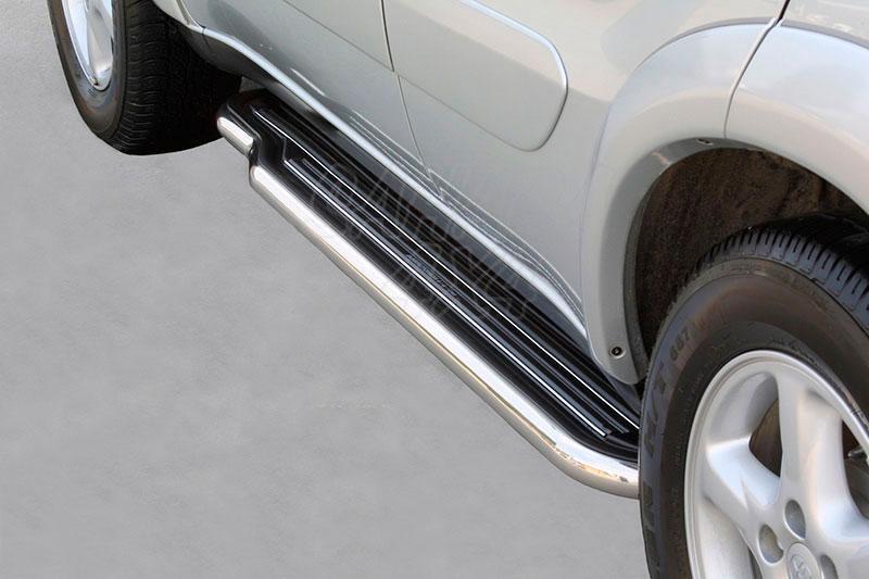 Estribos en plataforma con tubo inox Ø50mm para Toyota Rav4 2000-2005 - Para 5 puertas
