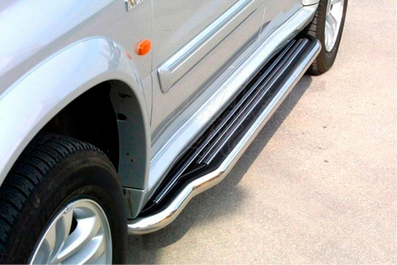 Estribos en plataforma con tubo inox Ø50mm para Suzuki Grand Vitara 1998-2005 - Para 5 puertas (Imagen no contra actual)