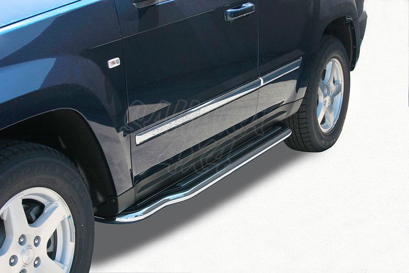Estribos en plataforma con tubo inox Ø50mm para Jeep Gran Cherokee WH/WK 2005-2010