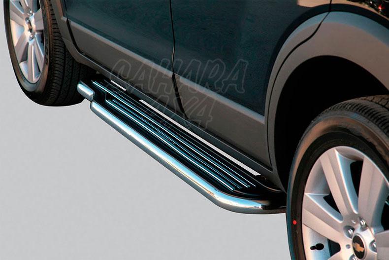 Estribos en plataforma con tubo inox Ø50mm para Chevrolet Captiva 2006-2010 -
