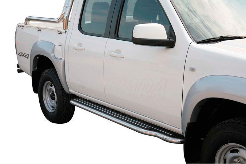 Estribos en plataforma con tubo inox Ø50mm para Mazda BT-50 2009-2012 - Para doble cabina.