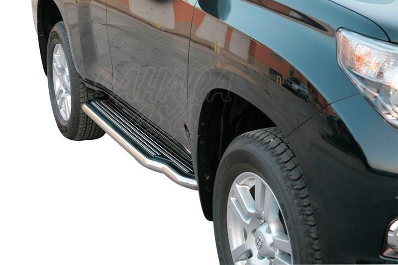 Estribos en plataforma con tubo inox Ø50mm para Toyota LandCruiser 150 - Para 5 puertas