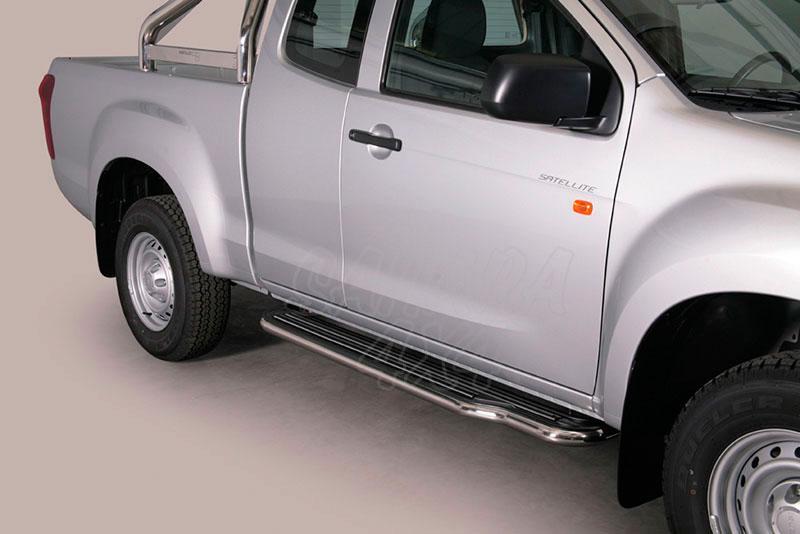 Estribos en plataforma con tubo inox Ø50mm  para Isuzu D-Max 2012- - Extra cabina