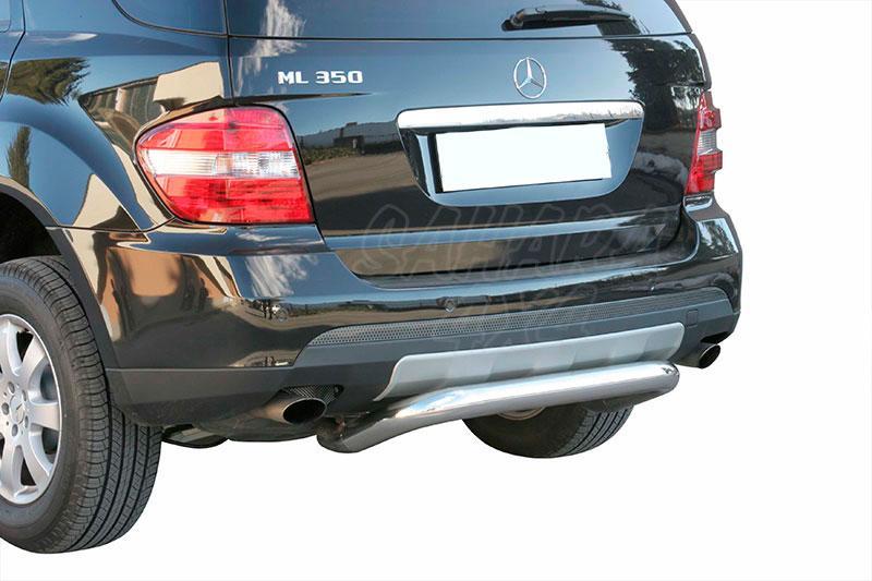 Protector de parachoques trasero en tubo inox Ø76mm para Mercedes Benz ML 2005-2012  - Para modelos W164.