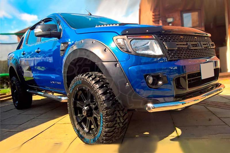 Aletines XXL en ABS negro +40mm para Ford Ranger 2012-2016