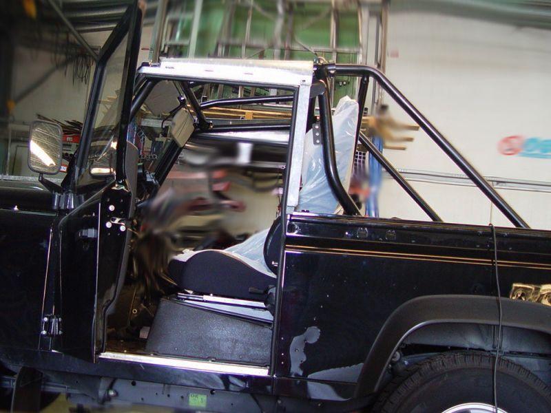 Rollbar (barras antivuelco) interior en tubo negro para Land Rover Defender 90 TD5/TD4 1998- -