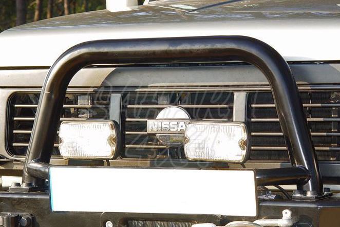 Arco central con soporte de faros para parachoques AFN para Nissan Patrol 240/260/280 1982-1998 - NO HOMOLOGABLE