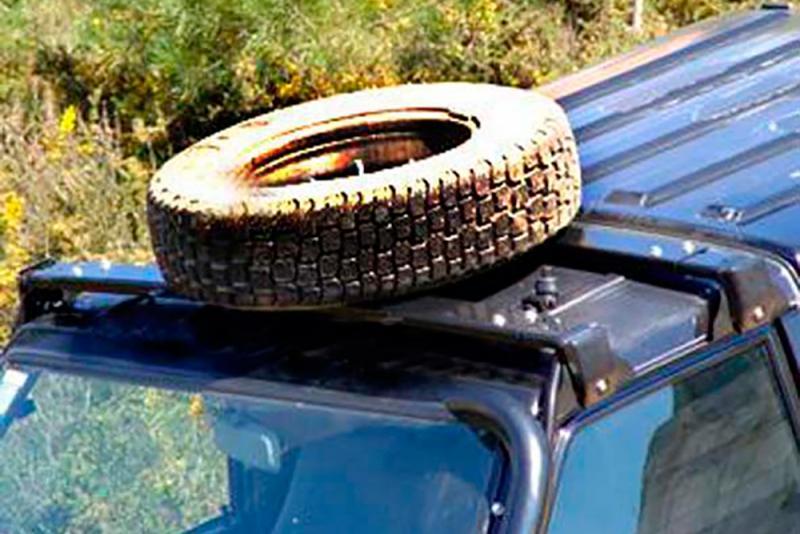 Soporte de techo para rueda de repuesto AFN para Nissan Patrol 240/260/280 1982-1998 -