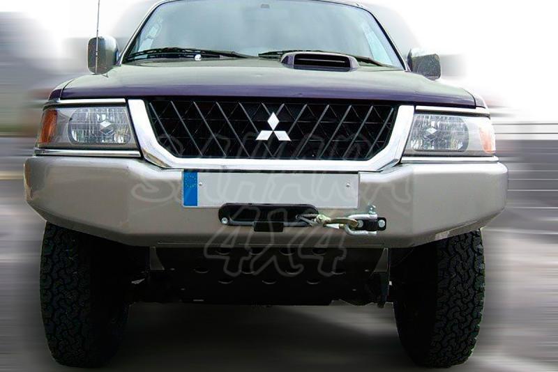Parachoques frontal con base de cabestrante AFN para Mitsubishi Montero Sport , adaptacion - Requiere adaptacion